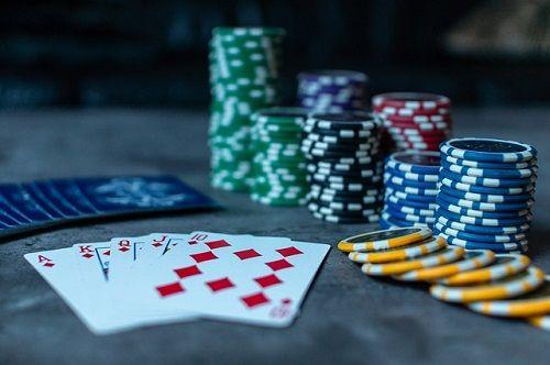 Ludopatía - Juegos de cartas
