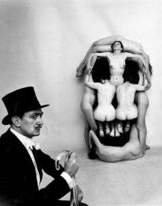 In Voluptas Mors . Salvador Dalí.