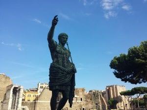 Estatua de Emperador Romano
