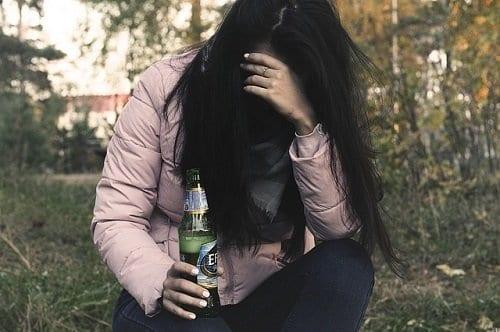Adolescente con baja autoestima