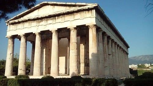 Templo de Hefesto en el Agora de Atenas. Agorafobia etimologicamente es el miedo al Agora.