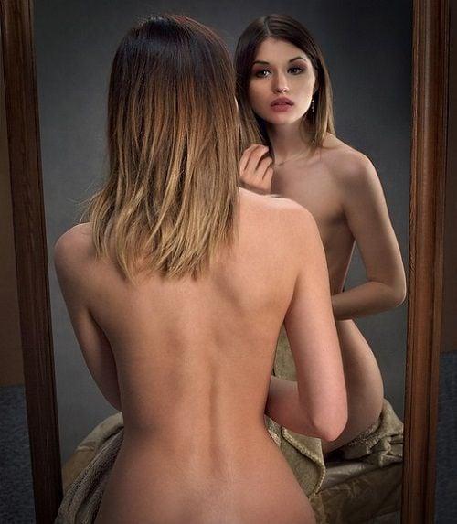 Narcisista - Enamorada de su imagen