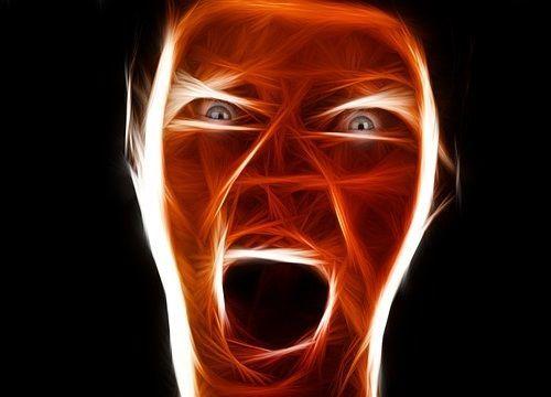 La agresividad es una defensa ante el sufrimiento del narcisista