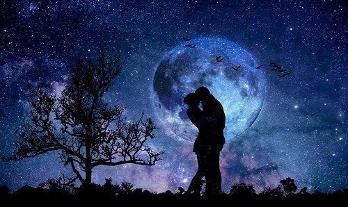 El amor es un soplo de aire fresco para los enamorados.