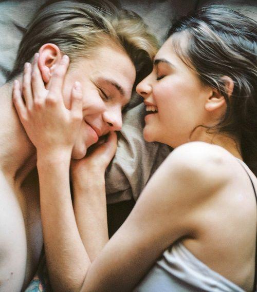 La adolescencia es la edad más fértil para el enamoramiento.