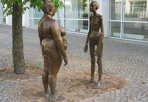 Obesidad y Anorexia - Las mujeres de Bronce