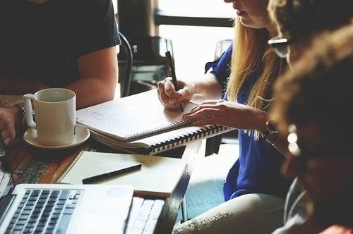 Compartir trabajo tras una ruptura sentimental