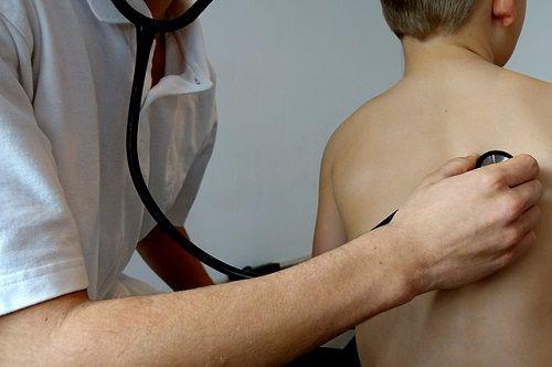 No es misión del pediatra educar a nuestros hijos