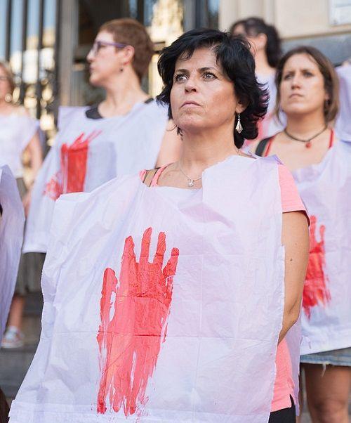 Manifestantes contra la violencia machista