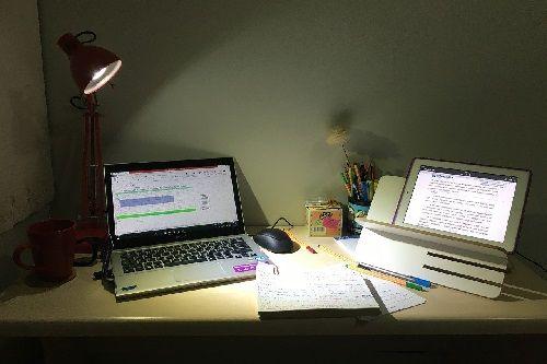 Evita estudiar durante la noche