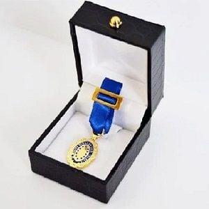 Medalla de Oro al mérito en el trabajo