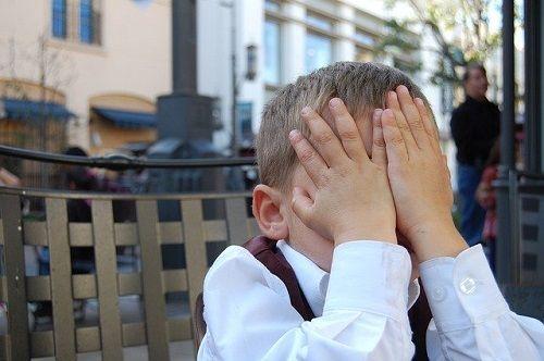 Burlas o abusos durante la infancia