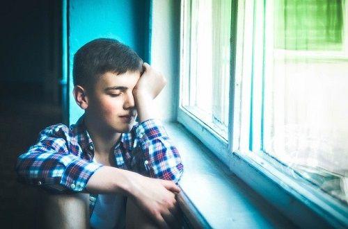 En la narcolepsia aparecen ataques de sueño irrefrenables.