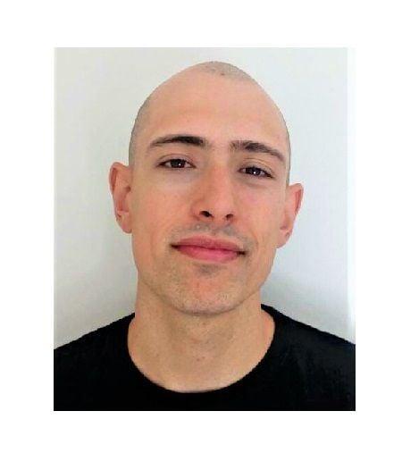 Carlos Cortés Martínez uno de los psicólogos del equipo