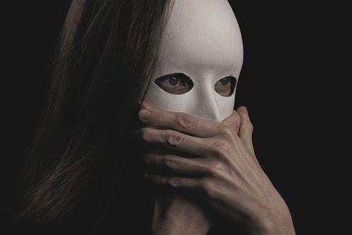 El síndrome del impostor es más frecuente en mujeres.