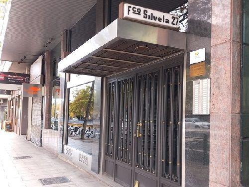 Consulta en la Calle Francisco Silvela, 27